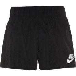 Nike Performance TECH Krótkie spodenki sportowe black/white. Czarne spodenki chłopięce marki Nike Performance, z materiału, sportowe. W wyprzedaży za 125,30 zł.