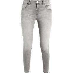 Rurki damskie: Wrangler CROP Jeans Skinny Fit authentic grey