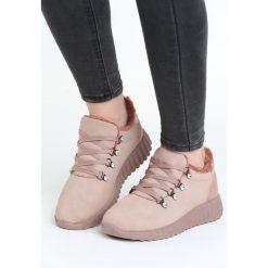 Różowe Buty Sportowe Simile. Czerwone buty sportowe damskie marki KALENJI, z gumy. Za 89,99 zł.