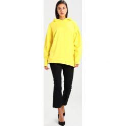 Bluzy rozpinane damskie: NORR CELINA HOODIE  Bluza z kapturem yellow