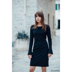 Sukienka Salla Black. Czarne sukienki hiszpanki Pakamera, mini, dopasowane. Za 310,00 zł.