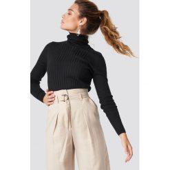 Trendyol Sweter z marszczonym golfem - Black. Szare golfy damskie marki Vila, l, z bawełny, z okrągłym kołnierzem. Za 80,95 zł.