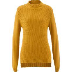 Swetry klasyczne damskie: Sweter ze stójką i strukturalnym wzorem bonprix miodowy