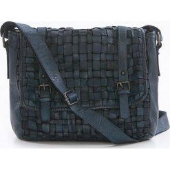 Torebki klasyczne damskie: Skórzana torebka w kolorze niebieskim – 27 x 23 x 11 cm