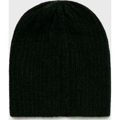 Jack & Jones - Czapka. Czarne czapki zimowe męskie Jack & Jones, z dzianiny. W wyprzedaży za 39,90 zł.