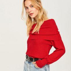 Sweter z obszernym golfem - Czerwony. Czerwone golfy damskie marki Reserved, l. Za 79,99 zł.