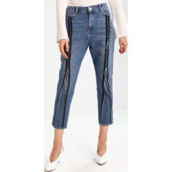 Topshop B&B ZIP FRONT Jeansy Slim Fit blue. Niebieskie rurki damskie Topshop. W wyprzedaży za 173,40 zł.