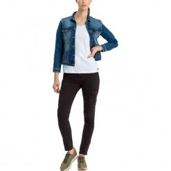 """Dżinsy """"Alan Cargo"""" - Skinny fit - w kolorze czarnym. Czarne rurki damskie marki Cross Jeans, z aplikacjami. W wyprzedaży za 136,95 zł."""