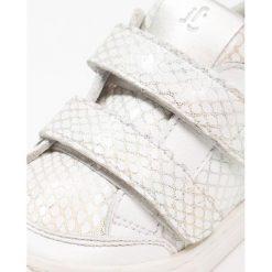 Jochie & Freaks Tenisówki i Trampki sparkle white. Białe trampki dziewczęce Jochie & Freaks, z materiału. Za 299,00 zł.