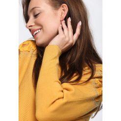 Żółty Sweter Sunday Moon. Żółte swetry klasyczne damskie marki Mohito, l, z dzianiny. Za 79,99 zł.