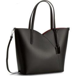 Torebka CREOLE - K10359 Czarny. Czarne torebki klasyczne damskie Creole, ze skóry. W wyprzedaży za 239,00 zł.
