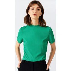 Simple - Top. Zielone topy damskie Simple, z dzianiny. W wyprzedaży za 159,90 zł.