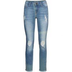 Dżinsy SKINNY z ćwiekami bonprix niebieski bleached. Niebieskie jeansy damskie skinny bonprix, z jeansu. Za 79,99 zł.