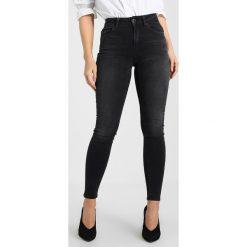 Only Petite ONLBLUSH MID ANKLE RAW  Jeans Skinny Fit black denim. Czarne boyfriendy damskie Only Petite, petite. Za 169,00 zł.