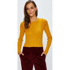 Silvian Heach - Sweter. Brązowe swetry klasyczne damskie marki Silvian Heach, s, z dzianiny, z włoskim kołnierzykiem. W wyprzedaży za 279,90 zł.