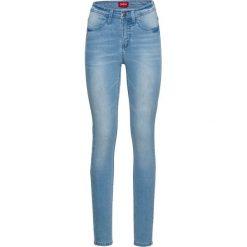 Bardzo miękkie dżinsy SKINNY bonprix jasnoniebieski. Niebieskie jeansy damskie skinny marki bonprix, z nadrukiem. Za 139,99 zł.