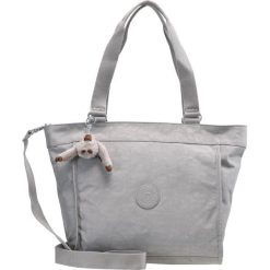 Kipling NEW SHOPPER MEDIUM Torba na zakupy clouded sky. Niebieskie torebki klasyczne damskie Kipling. Za 299,00 zł.
