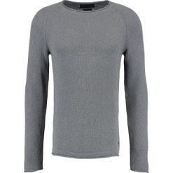Swetry męskie: Jack & Jones JPRHARTE CREW NECK Sweter light grey