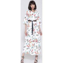 Sukienki hiszpanki: Biała Sukienka Cherry Land