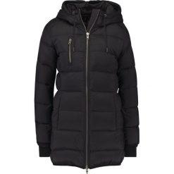 MbyM PATIENCE Płaszcz puchowy black. Czarne płaszcze damskie pastelowe mbyM, m, z materiału. W wyprzedaży za 587,30 zł.