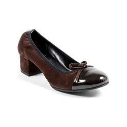 Buty ślubne damskie: Skórzane czółenka w kolorze brązowym