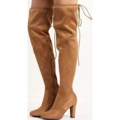 Camelowe Kozaki Same Girl. Brązowe buty zimowe damskie marki Kazar, ze skóry, przed kolano, na wysokim obcasie. Za 129,99 zł.