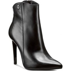 Botki CARINII - B3725 E50-000-PSK-A49. Różowe buty zimowe damskie marki Carinii, z materiału, z okrągłym noskiem, na obcasie. W wyprzedaży za 249,00 zł.