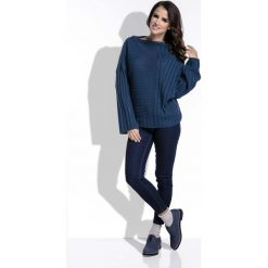 Swetry oversize damskie: Granatowy Sweter w Prążek z Szerokimi Rękawami