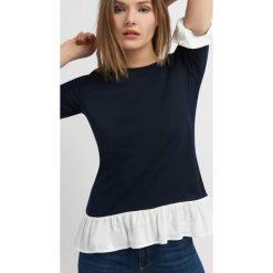 Sweter z koszulą 2-w-1. Niebieskie koszule damskie marki Orsay, s, z jeansu, biznesowe, z klasycznym kołnierzykiem. W wyprzedaży za 25,00 zł.