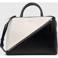 Fiorelli - Torebka. Szare torebki klasyczne damskie marki Fiorelli, w paski, z materiału, średnie. Za 369,90 zł.
