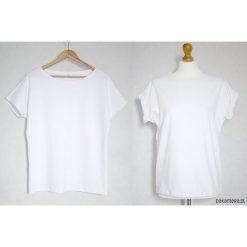 Gładka koszulka bawełniana oversize biała. Białe bluzki asymetryczne Pakamera, z bawełny. Za 65,00 zł.