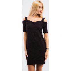 Czarna sportowa sukienka z odkrytymi ramionami 11910. Niebieskie sukienki marki Reserved, z odkrytymi ramionami. Za 49,00 zł.
