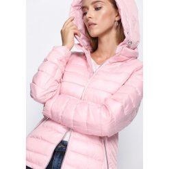 Różowa Kurtka Comfort You. Czerwone kurtki damskie pikowane Born2be, l. Za 139,99 zł.
