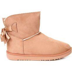 Buty zimowe damskie: Śniegowce damskie mukluki z kokardą różowe