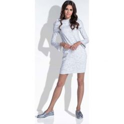 Ecru Komfortowa i Kobieca Sukienka Mini. Szare sukienki dresowe marki bonprix, melanż, z kapturem, z długim rękawem, maxi. W wyprzedaży za 84,00 zł.