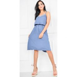 Sukienki: Sukienka na ramiączkach z ażurowym dekoltem