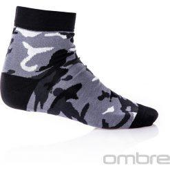 SKARPETY MĘSKIE U10 - SZARE/MORO. Szare skarpetki męskie Ombre Clothing, w jednolite wzory, z bawełny. Za 7,99 zł.