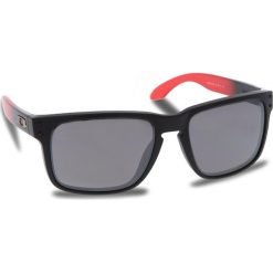 Okulary przeciwsłoneczne OAKLEY - Holbrook OO9102-D355 Ruby Fade/Prizm Black Polarized. Czarne okulary przeciwsłoneczne męskie aviatory Oakley, z tworzywa sztucznego. W wyprzedaży za 649,00 zł.