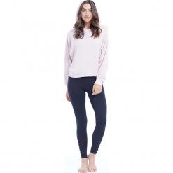 """Sweter """"Amber"""" w kolorze jasnoróżowym. Czerwone swetry klasyczne damskie BALANCE COLLECTION, s. W wyprzedaży za 121,95 zł."""