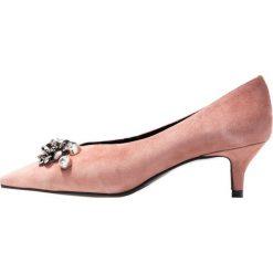 Élysèss Czółenka dark nude. Czerwone buty ślubne damskie Élysèss, z materiału. Za 509,00 zł.