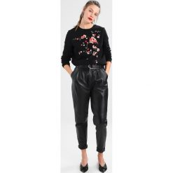 Bluzy damskie: Dorothy Perkins EMBROIDERED  Bluza black