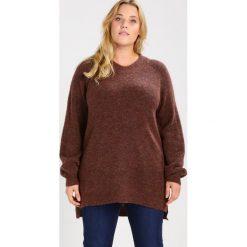 Swetry klasyczne damskie: Zizzi Sweter brown