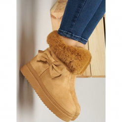Camelowe Śniegowce Warm Up. Brązowe buty zimowe damskie Born2be, z okrągłym noskiem, na koturnie. Za 89,99 zł.