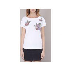 T-shirty z krótkim rękawem Love Moschino  W4F3051. Białe t-shirty damskie marki Love Moschino. Za 495,20 zł.