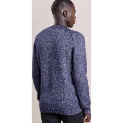 John Smedley STORR Sweter midnight. Niebieskie swetry klasyczne męskie John Smedley, m, z bawełny. W wyprzedaży za 954,85 zł.