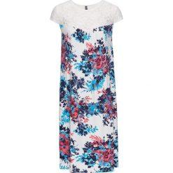 Sukienka shirtowa z koronką, drukowana bonprix biały z nadrukiem. Białe sukienki koronkowe marki bonprix, w koronkowe wzory. Za 34,99 zł.