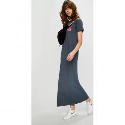 Tommy Hilfiger - Sukienka. Szare długie sukienki marki TOMMY HILFIGER, na co dzień, m, z aplikacjami, z bawełny, casualowe, z okrągłym kołnierzem, z krótkim rękawem, proste. Za 399,90 zł.