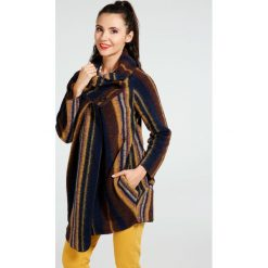 Płaszcz materiałowy - 18-8019-8 B-S. Brązowe płaszcze damskie pastelowe Unisono, na jesień, l, z dzianiny, eleganckie. Za 169,00 zł.