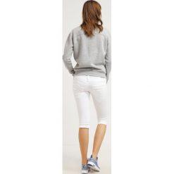Bermudy damskie: Herrlicher PITCH Szorty jeansowe white