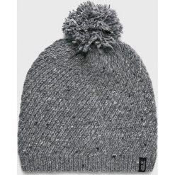 Jack Wolfskin - Czapka. Szare czapki zimowe damskie Jack Wolfskin, na zimę, z dzianiny. W wyprzedaży za 129,90 zł.